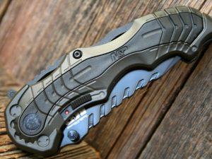 Smith & Wesson Military & Police 6 Grey, Assisterande Fällkniv